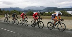 ..|_ Chris Macic drives the break towards Te Anau