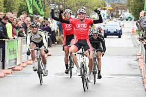 ..|_ Alex Meenhorst wins Stage 4 of the 2011 PowerNet Tour