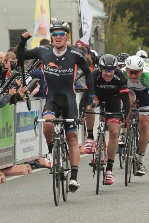 Matt Cronshaw wins the stage to Lumsden